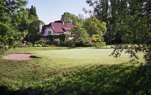 golf compact urbain de saint ouen l 39 aumone fiche d taill e. Black Bedroom Furniture Sets. Home Design Ideas